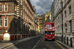 Typisches London by Nikos Koutoulas